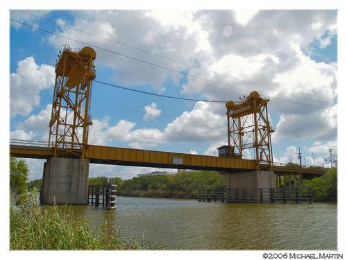Rio Hondo Bridge - side.jpg